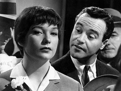 Shirley Maclaine and Jack Lemmon in the elevator, The Apartment