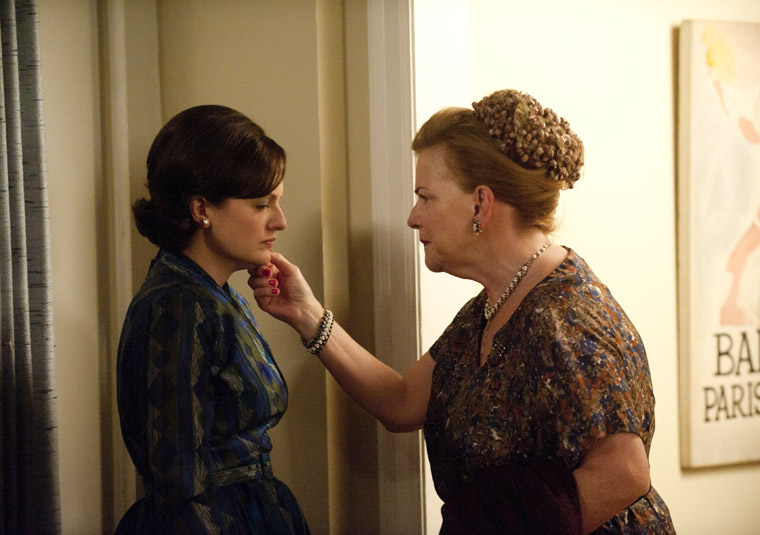 Mad Men: At the Codfish Ball-Peggy and her mother